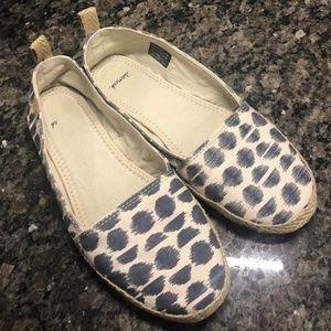 Sanuk Womens Slip On Shoes Size 6 37 EU